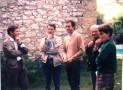 Patrick Béguin, enseignant d'E.P.S, Michel Vergnes, professeur d'anglais, Christian Baqué, le père Jean Servel, père spirituel et enseignant de sciences naturelles, et une mère d'élève de l'A.P.E.L.  La photo fut prise à l'occasion d'un repas de classe.