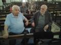 Le comédien assis sur un banc de la chapelle,en compagnie de son condisciple l'écrivain et poète Frédéric Jacques Temple. Deux anciens élèves de l'Enclos sur les pas de leur adolescence. C'était le dimanche 29 juin 2014.